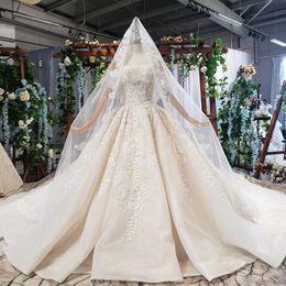 $enCountryForm.capitalKeyWord UK - 2019 latest vintage wedding dresses bateau neck short sleeve handwork lace applique crystal beaded pattern backless Vestidos De Novia veil