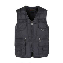 $enCountryForm.capitalKeyWord Australia - Multi Pocket Cotton Vest For Men Winter Padded Casual Thick Warm Photographer Sleeveless Outerwear Jacket With Many Pockets Male