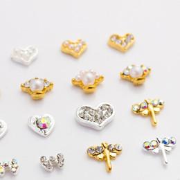 Environmental Protection Products NZ - Japanese nail jewelry environmental protection with diamond heart bow metal nail products beauty and nail art