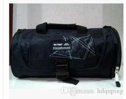 $enCountryForm.capitalKeyWord Australia - Wholesale-Large Gym Bag Sports Bags Brand Travel Tote for Men Women New Arrival Saco de Ginastica Desporto With Shoe Pocket Barrel bag