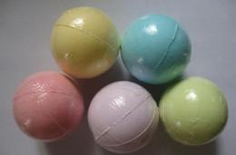10G couleur aléatoire! Bombe naturelle Bombe Bague Salts Ball Huile Essentielle Handmade Spa Ballons Fizzy Christmas Cadeau pour elle en Solde