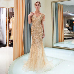 Wholesale Elegant Gold Mermaid Sequined Prom Dresses Cap Sleeves V Neck Tulle Evening Gowns Party Wears Cheap