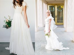 $enCountryForm.capitalKeyWord Australia - Chiffon Modest Wedding Dresses 2018 Beach Short Sleeves Smple Scoop Neck Country Bridal Gowns Sweep Train Beaded Sash Wedding Gowns