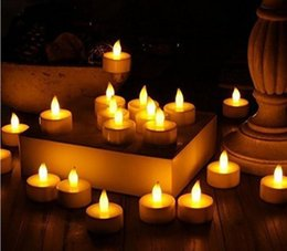 Toptan satış LED Çay Işıkları Alevsiz Adak Tealights Mum Titrek Ampul ışık Küçük Elektrikli Sahte Çay Mum Düğün Masa Hediye için Gerçekçi