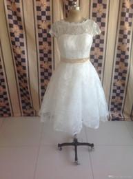 $enCountryForm.capitalKeyWord Australia - Hot Sale!! High Quality Jewel Neck Short Sleeve Vintage Lace Wedding Dresses Ribbon Sash Tea Length A-Line Short Bridal Gowns Custom Made
