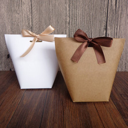 $enCountryForm.capitalKeyWord Australia - 20pcs White Kraft Paper Blank High-End Style Exquisite Bags Wedding Party Favor Candy Decoration Gift Bag
