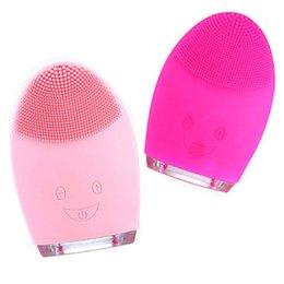 Großhandel Amazon Kemei Elektro Reinigung Massagebürste Waschmaschine wasserdicht Silikon-Gesichtsreinigungsgeräte