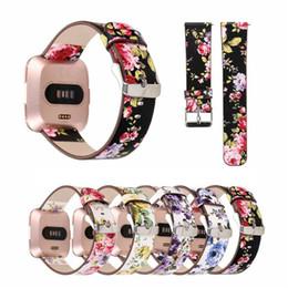 Floral Fitbit Versa / Versa Lite Strap-Bänder Lederblumen-Riemen-Band 22MM Armbänder mit Adapter Smart Watch Band