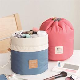 High Makeup NZ - Urijk High Quality Makeup Organizer Barrel Shaped Travel Cosmetic Bag Women Makeup Bag Girls Wash Bags High Capacity Storage
