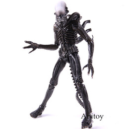 figure classics UK - Classic Movie Alien Action Figure Xenomorph PVC Collectible Model Toys Dolls Gift For Kids
