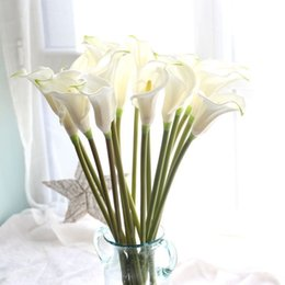 """$enCountryForm.capitalKeyWord Australia - 5pcs lot 26.4"""" Big Size Calla Lily Artificial Flowers Wedding Bouquet Real Touch Pu Calla Lilies Fake Branches Home Decoration J190707"""
