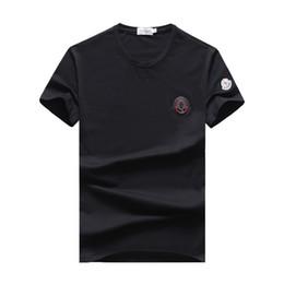 Vente en gros MMoncler 2019 Nouveau modèle Loisir mens designer t-shirts mens designer de luxe t-shirts designer de vêtements de marque # 26
