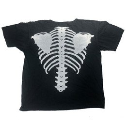 Wholesale black shirt loose skull for sale – custom Mens T Shirts Skull Skeleton Rib Cage Black And White Color Matching High Street Fashion Short sleeved Loose Casual Clothes