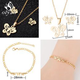 $enCountryForm.capitalKeyWord NZ - Oly2u Butterfly Jewelry Sets For Women Gold Stainless Steel Necklaces Stud Earrings Bridal Jewelry Set 2019 Fashion Jewellery
