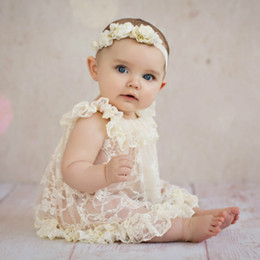 $enCountryForm.capitalKeyWord Australia - European & American Style Newborn Vintage Lace Dress Baby Dress Ruffled Lace princess Skirt photography props