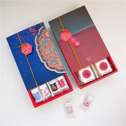 Christmas Foods Gifts Australia - Chinese Style Nougat Yolk Crisp Packaging Box Moon Cake Biscuit Box 2019 Newest Christmas Gift Boxs DIY Food Cake Baking Case