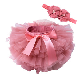 Gold newborn Girl clothinG online shopping - baby girls tulle bloomers Infant newborn tutu diapers cover short skirts and flower headband Baby party photograph clothes