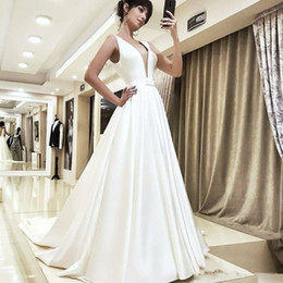 V Neck Collared Wedding Dresses Australia - Romantic Princess Wedding Dresses Classic A-Line Royal Queen Satin Sweep Train Bridal Dress Sexy Deep V-neck Sleeveless Wedding Gowns