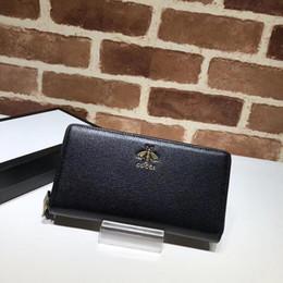 $enCountryForm.capitalKeyWord UK - Top Quality Luxury Celebrity Design Letter Bee Metal Buckle Zipper Wallet Long Purse Black Cowhide Leather 523667 Clutch