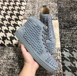 Hot Sale Sky-blue Spikes Sapatilhas De Couro De Camurça Sapatos de Alta-top Vermelho Inferior Homens, mulheres Por Atacado Nova Marca Sapatos Formadores Moda Andando
