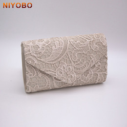 2019c123f2e Lace Design Women Lace Dinner Wedding Bridal Party Hand Bag Fashion Clutch  Evening Bag Purse Girl Shoulder Bag Evening Wallet