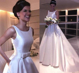 pockets bow wedding dress 2019 - 2019 Satin A Line Wedding Dresses with Bow Pockets Scoop Neck Sleeveless Wedding Gowns for Bride discount pockets bow we