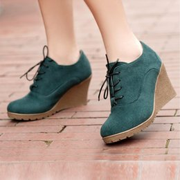 $enCountryForm.capitalKeyWord NZ - Designer Dress Shoes Ladies Comfortable Fashion Platform Casual Women Solid Short Knight Boots Ladies Wedges 8 cm Female 5 colors