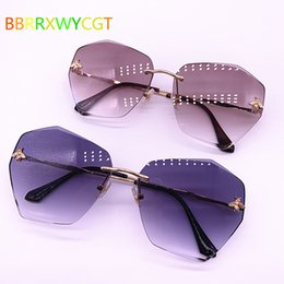 women stylish sunglasses Australia - 2019 Shades for Women Stylish Sunglasses Fashion Cuts New Borderless Sunglasses Women Outdoor Goggles Party