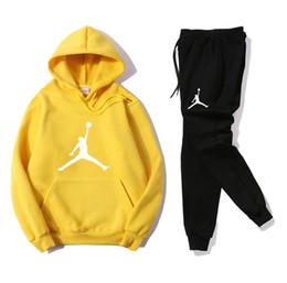 Опт Новый бренд Мужские спортивные костюмы наборы Jogger спортивный костюм куртки + брюки костюм хип-хоп черный серый дизайнер женщины спортивные костюмы теннис толстовки + брюки