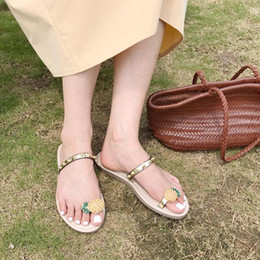 Apple red shoes online shopping - 2019 Brand Women Flip Flops Slippers Beach Casual Flats Shoes Pine Apple Decoration Slides Summer Thong Sandals