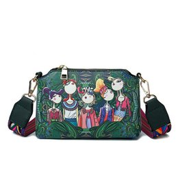 China New Women Forest Girls Pattern Printing Single Shoulder Colorful Straps Handbag Leather Retro Female Small Messenger Bag Lw-141 cheap forest green handbag suppliers