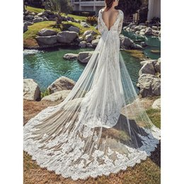 Wedding Dress White Detachable Train Australia - 2019 Vintage V Neck White Lace Mermaid Wedding Dresses Detachable Train Backless Bridal Gowns Long Sleeves Bridal Dresses Robe De Mariée