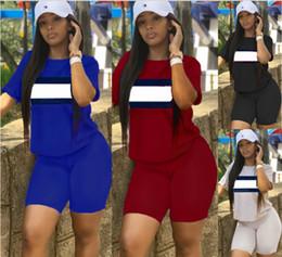 Venta al por mayor de Diseñador de la marca mujer traje deportivo camiseta Shorts 2 piezas conjunto chándal camiseta ropa deportiva trajes de verano ropa S-2XL 3698500 522