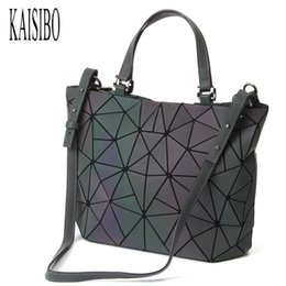 $enCountryForm.capitalKeyWord NZ - KAISIBO Lattice Geometric Bag PU Leather Briefcase Handbags Luminous Women Bag Shoulder Diamond Ladies Messenger Bags