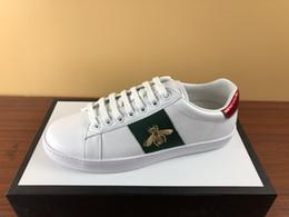 Опт модные туфли с белой пчелой зелено-красной полосой из натуральной кожи туз кроссовки веб-дизайнер кроссовки мужчины женщины повседневная обувь