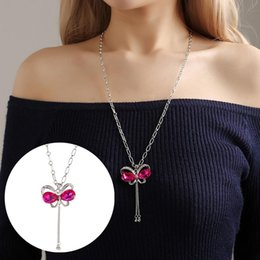 Wholesale Fashion charm Women Rhinestone Simulated Butterfly Pendant Long Chain Necklace Jewelry
