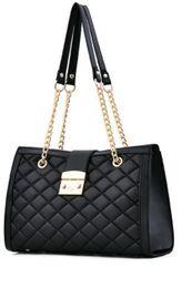 $enCountryForm.capitalKeyWord Australia - Tassel handbag 2019 new simple fashion trend handbags casual diagonal small square bag bags factory wholesale#003