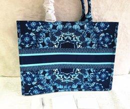 $enCountryForm.capitalKeyWord Australia - Classic Luxury Large XXL Colorful Flowers Designer Handbags Multi Color Beach bags Shoulder Handbag Shopping Bags Capacity Ladies Purse Bag