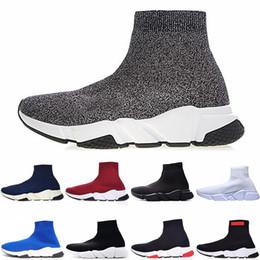 a52502842 ... de lujo de diseño para hombre para mujer hombre Speed Trainer Negro  Rojo Triple Negro Plano Moda Calcetines Botas para hombre Sneaker envío  gratis