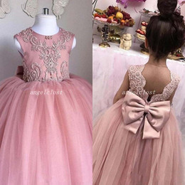 $enCountryForm.capitalKeyWord Australia - 2020 Blush Pink Ball Gown Flower Girl Dresses For Weddings Backless Appliques Big Bow Child Birthday Party Gowns Girls Pageant Dress