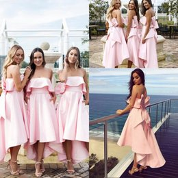 $enCountryForm.capitalKeyWord NZ - New Blush Pink Bridesmaids Dresses With Big Bow 2020 Strapless Backless High Low Maid of Honor Wedding Guest Gowns Plus Size
