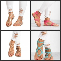 Cool beaCh sandals online shopping - Outdoor Cool Sandals Flat Keel Shoes Pinch Herringbone Staggered Big Code Women Sandy Beach Colors Mix Popular dff1
