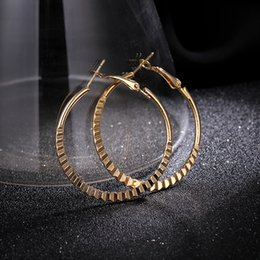 celebrity jewelry brands UK - Stylish Nickel Free Gold Heart Hoop Earrings Loop Earrings Celebrity Brand Women Gift Fashion Jewelry 5.0-10.0cm