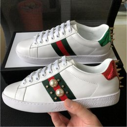$enCountryForm.capitalKeyWord Australia - [With Box]Fashion Best Quality ACE designer shoes white Pearl rivet red and green stripes Designer Sneaker Luxury Mens Womens Casual Shoes