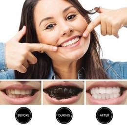 Ingrosso Polvere di pulizia dei denti di carbonio Nero magia attivata Denti Attività naturale Polvere di carbone di legna pulita dei denti FFA1884