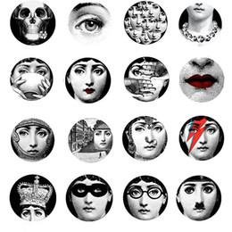 $enCountryForm.capitalKeyWord Australia - Home Decoration Vintage Wall Stickers Creative 30cm Diameter Round Large Wallpaper Stickers Multi Styles Coffee Shop Bar Decor DH0727-3