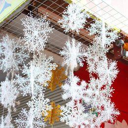 $enCountryForm.capitalKeyWord Australia - 30pcs Winter Decoration White Plastic Fake Snowflake Christmas Party Hanging Pendants New Year Xmas Tree Ornaments Noel Decor