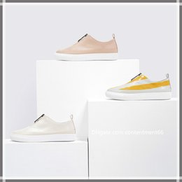 Yellow Pedal Australia - Trendy luxury high quality low to help a pedal metal zipper casual shoes ladies trend leisure wind