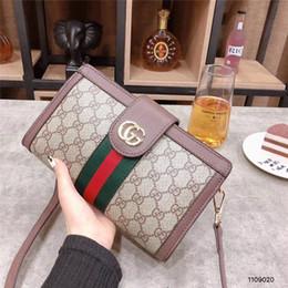 $enCountryForm.capitalKeyWord Australia - Fashion Love heart V Wave Pattern Satchel Designer Shoulder Bag Chain Handbag Luxury Crossbody Purse Lady Tote bags