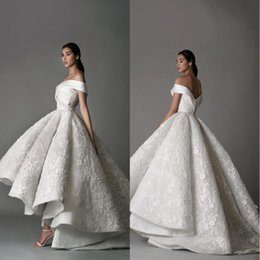 China 2019 Luxury Off The Shoulder Wedding Dresses Lace 3D Floral Appliqued High Low Sweep Train Hi Lo Vintage Wedding Bridal Gowns cheap modern hi low wedding dresses suppliers